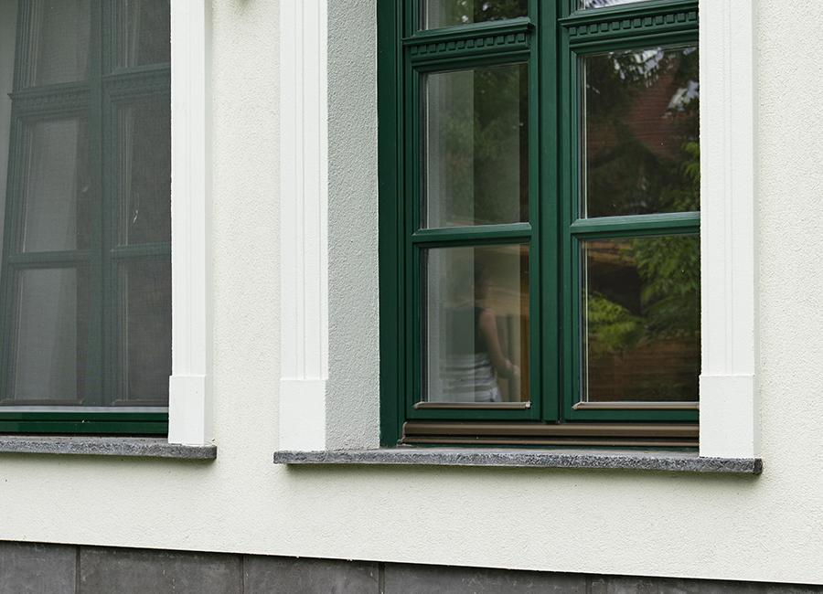 Arács ablakpárkány és könyöklő